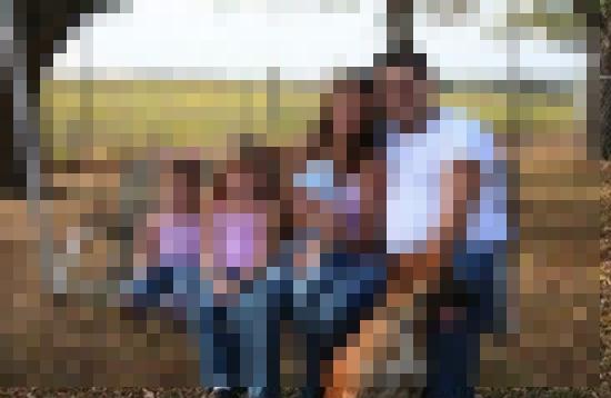 【オカルト画像】子供を掴む手が・・・