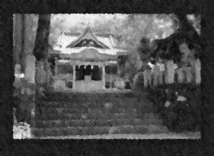 【不思議な話】ハイキング中に見つけた奇妙な神社で・・・
